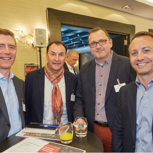 Nutzten die Pausen zum Networking: Steffen Strössenreuther (SV Schweiz AG), Moritz Poli (Coop Gastronomie), Sandro Bedin (Migros Genossenschafts-Bund und Martin Wasserfallen (Coop Gastronomie)