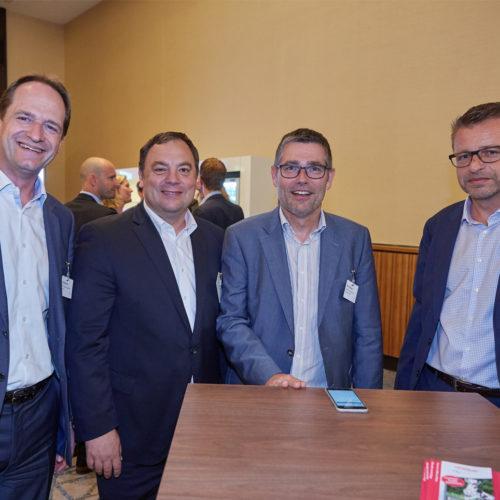 In Vorfreude auf die Abendveranstaltung: Kay Brahmst (BCM Centermanagement), Marco Atzberger (EHI),Olaf Petersen (Comfort Management Services) und Karsten Ziehm (Deutsche Pfandbriefbank AG)