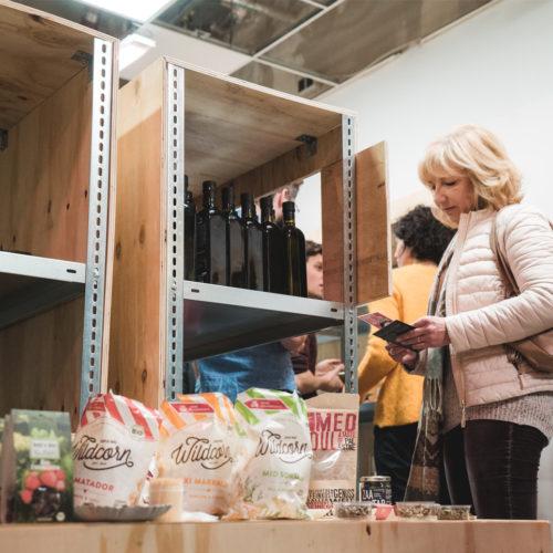 Zu den Produkten gehören derzeit z. B. konservierte Rosen oder Protein-Porridge. (Foto: Million Motions)