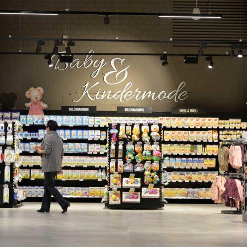 Zudem wurden Waren nach Kundenbedürfnissen sortiert. (Foto: Real SB-Warenhaus)