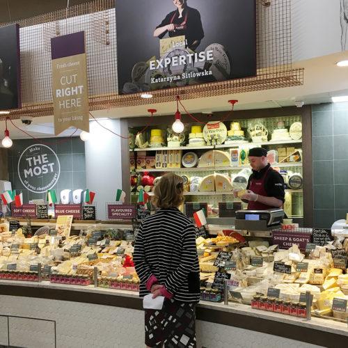 Kompetente Käseabteilung mit regionalem Fokus bei Super Valu (Foto: EHI)