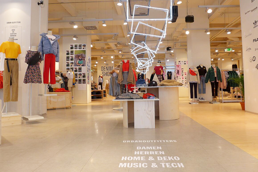 Erstes Urban Outfitters Flaggschiff In Wien Storesshops