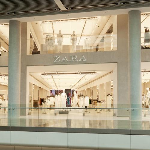 Im Erdgeschoss richtet sich Zara an die Damen, im Obergeschoss widmet sich der spanische Modehändler den Männern. (Foto: Zara)