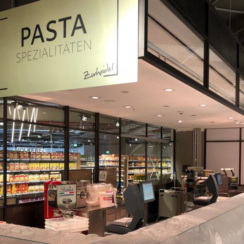 Die Pasta-Manufaktur, noch vor der Markteröffnung (Foto: Zurheide Feine Kost)